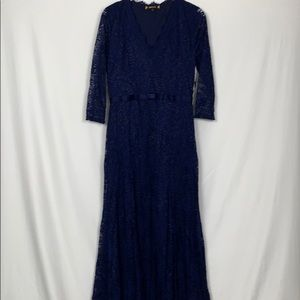 Miusol navy blue size Lg evening gown with lace